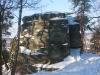 72-skamieniale-miasto-w-ciezkowicach-skalka-z-krzyzem-fot-piotr-firlej-www-skamienialemiasto-pl_